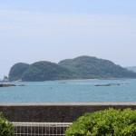 門川湾に浮かぶ乙島